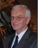 Helmut Täuber